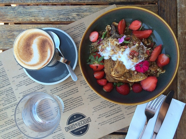 grocer-and-grind-broadbeach-banana-french-bread